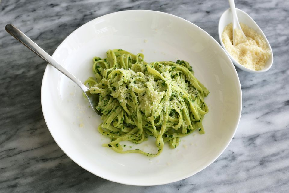 spinach pesto with linguine