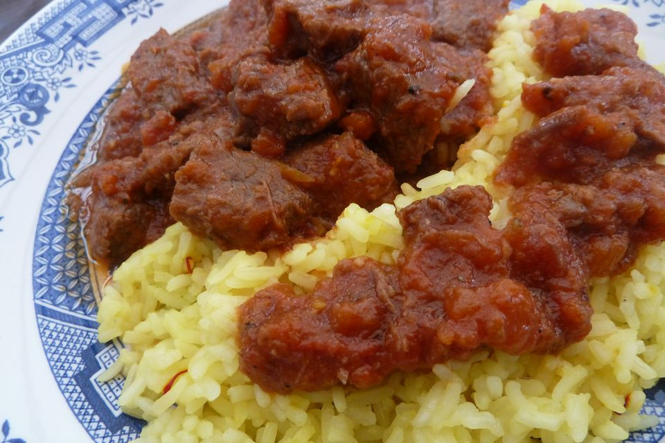 Beef kokkinisto over rice