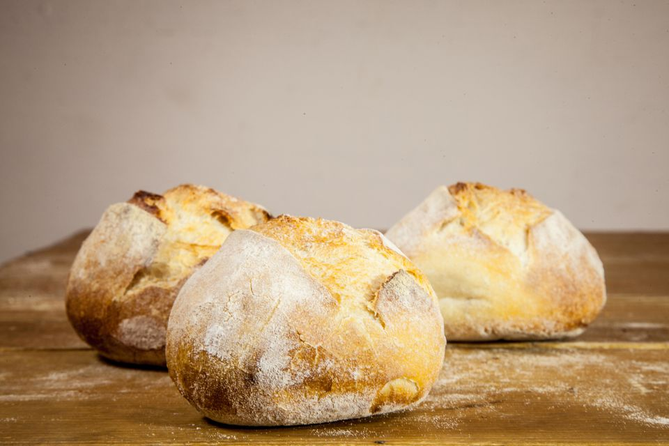 Petit pains, French yeast breads