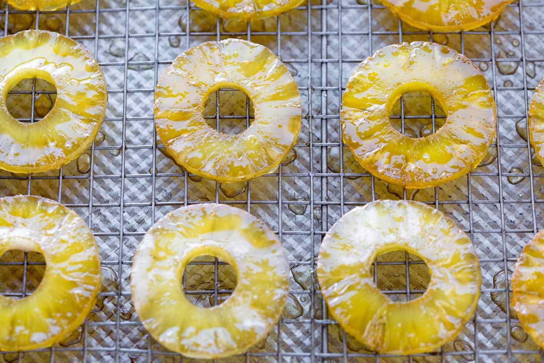 let pineapple rings dry on rack