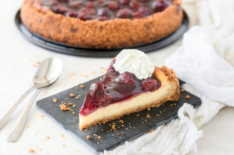 slice of cherry cheescake