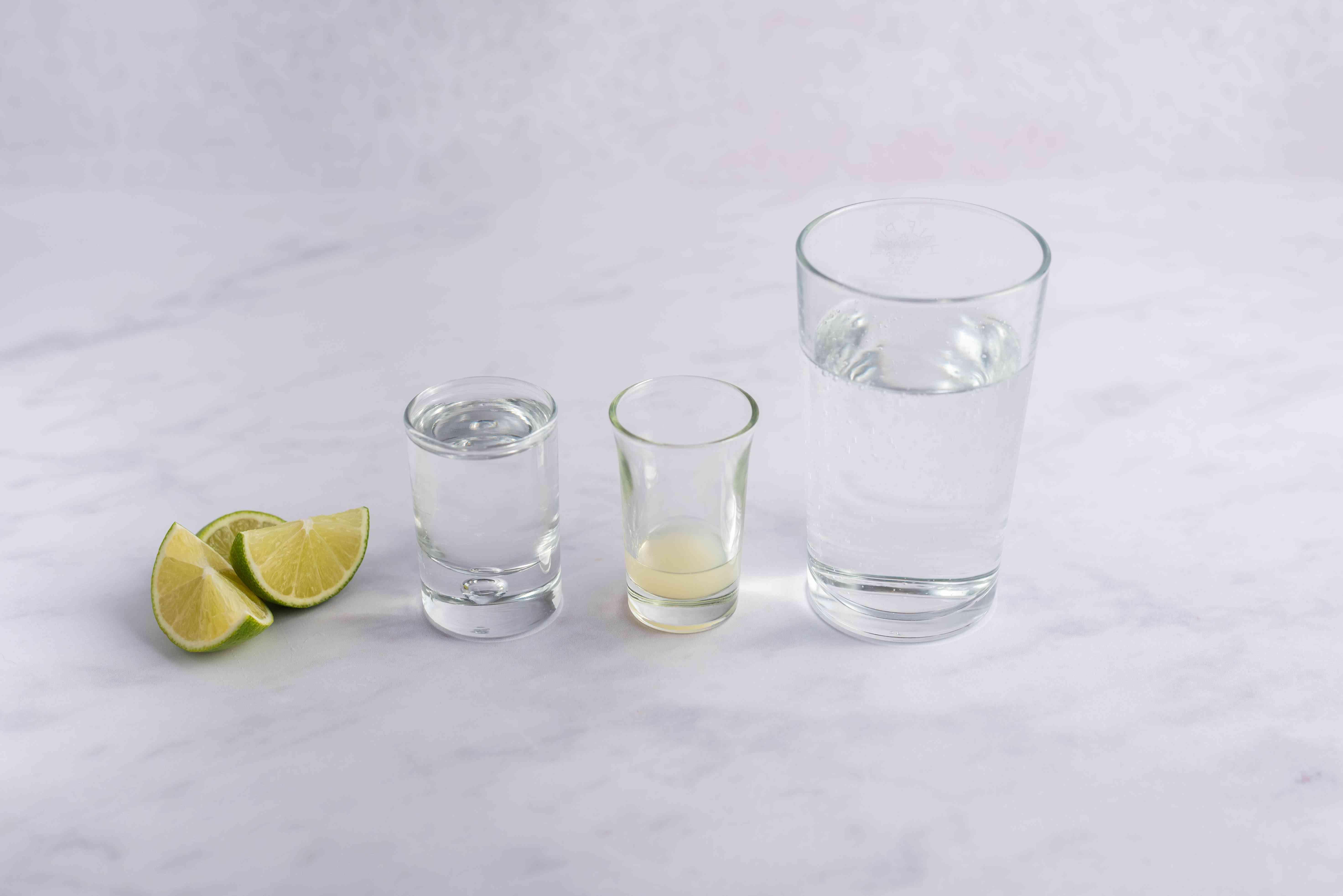 Ingredients for vodka tonic