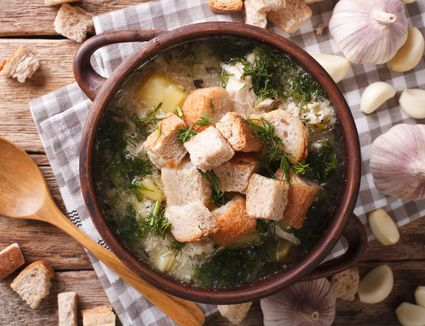 Česnečka (Czech Garlic Soup)