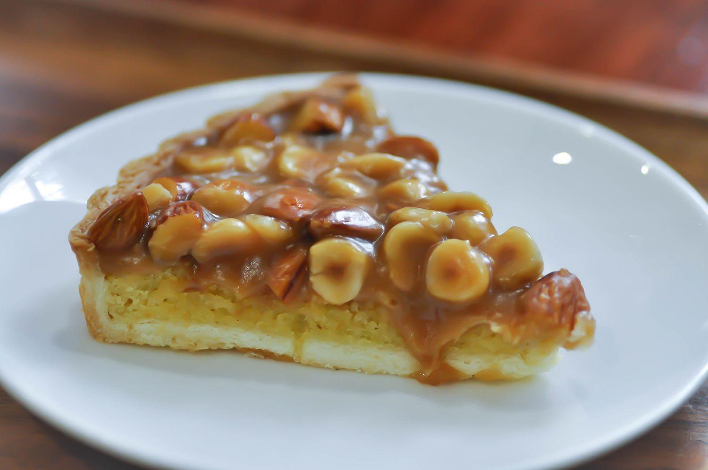 Macadamia Nut and almond cake, pistachio pie