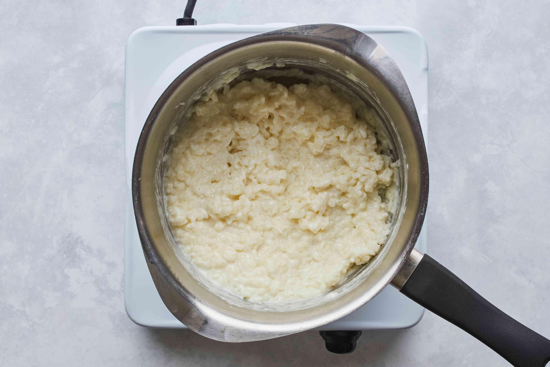 Rice in pot