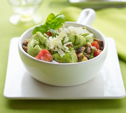 Artichoke and Tortellini Pasta Salad
