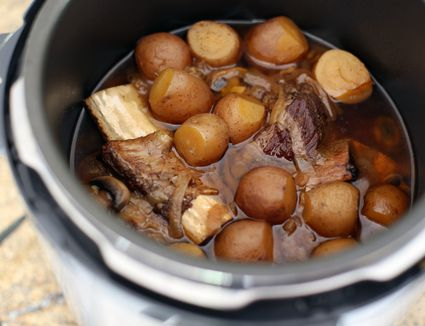 Pressure Cooker Beef Short Ribs and Mushrooms