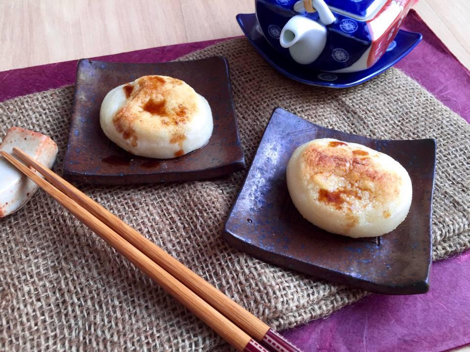 Pastel de arroz japonés Isobeyaki