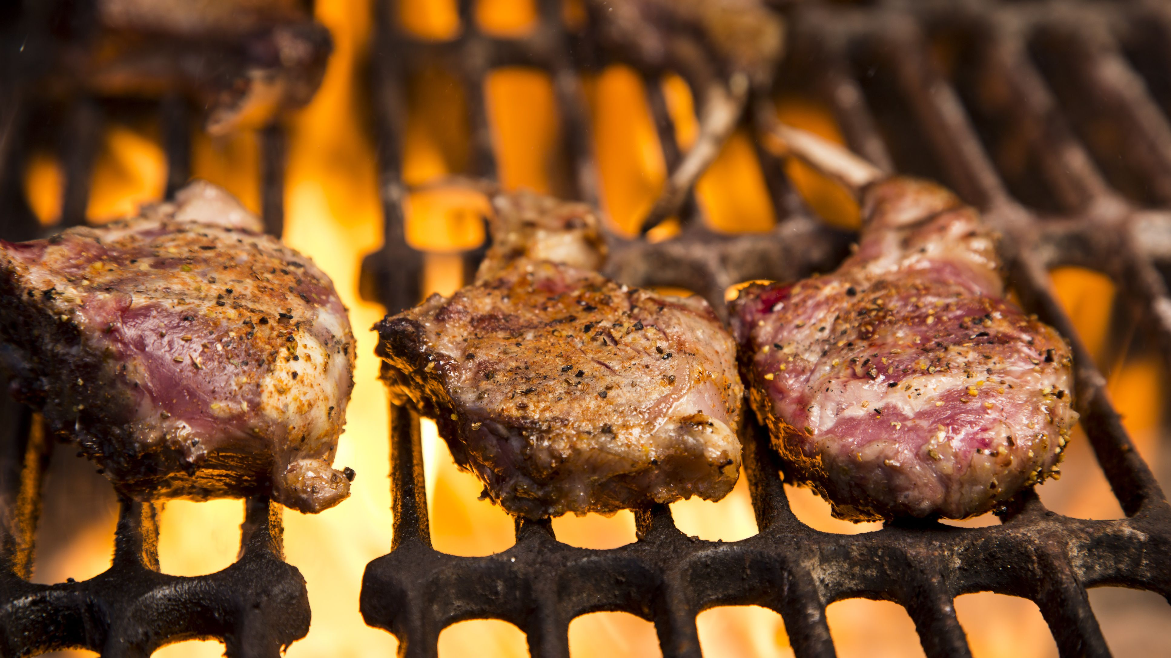 lamb chops on grill how long Moroccan Grilled Lamb Chops With Garlic, Mint and Spices