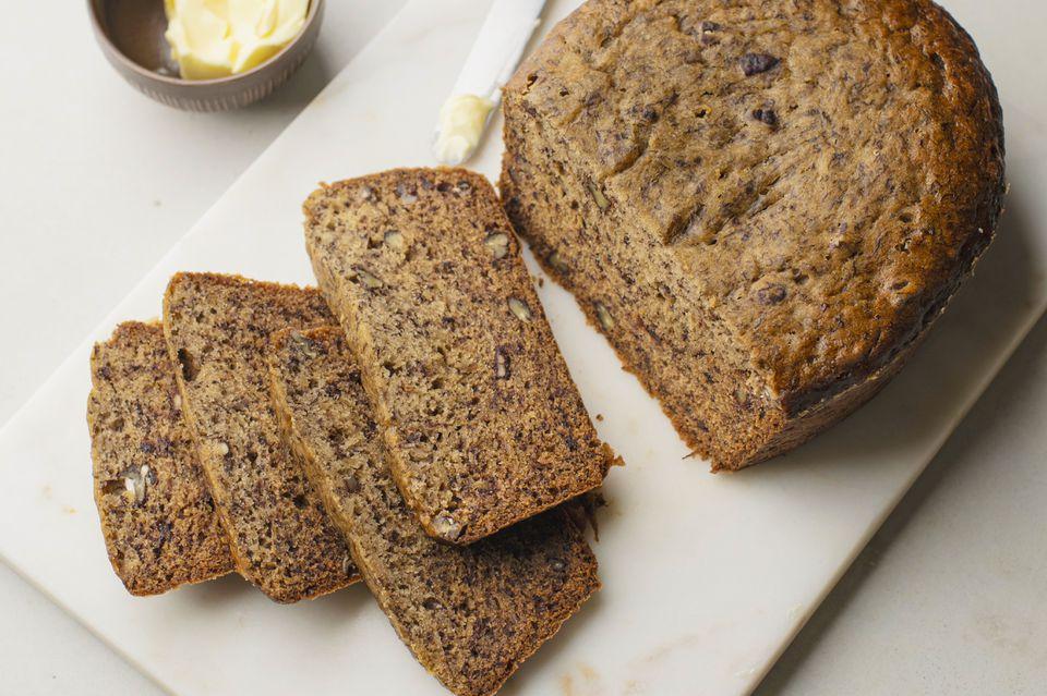 Easy crockpot banana bread recipe