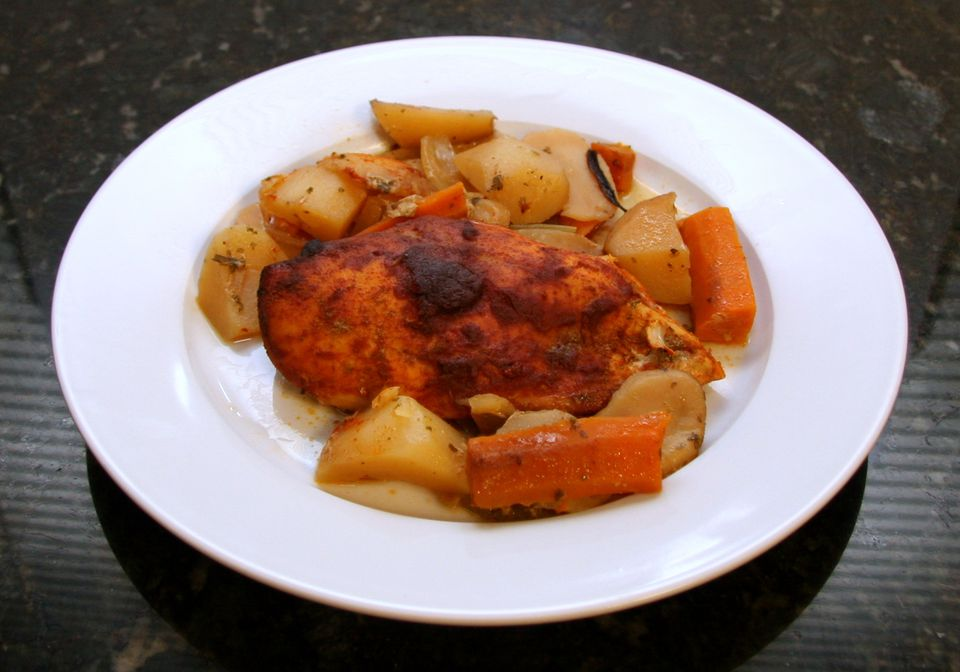 Crockpot Chicken Dinner With Smoked Paprika and Vegetables