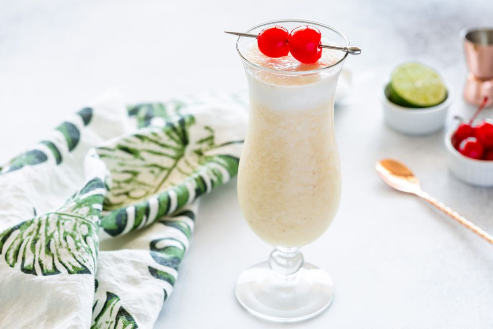 Frozen Banana Daiquiri cocktail recipe