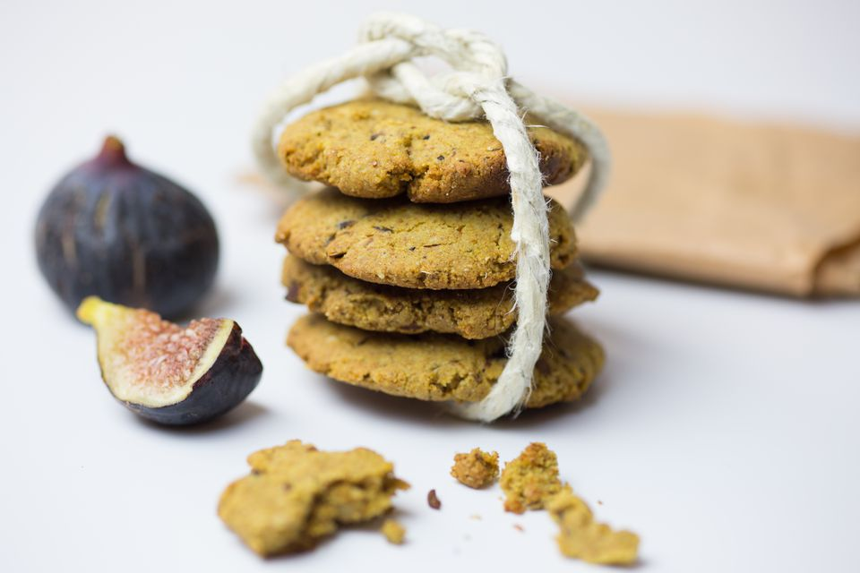 Close-Up Of Oatmeal Cookies With Figs On Table
