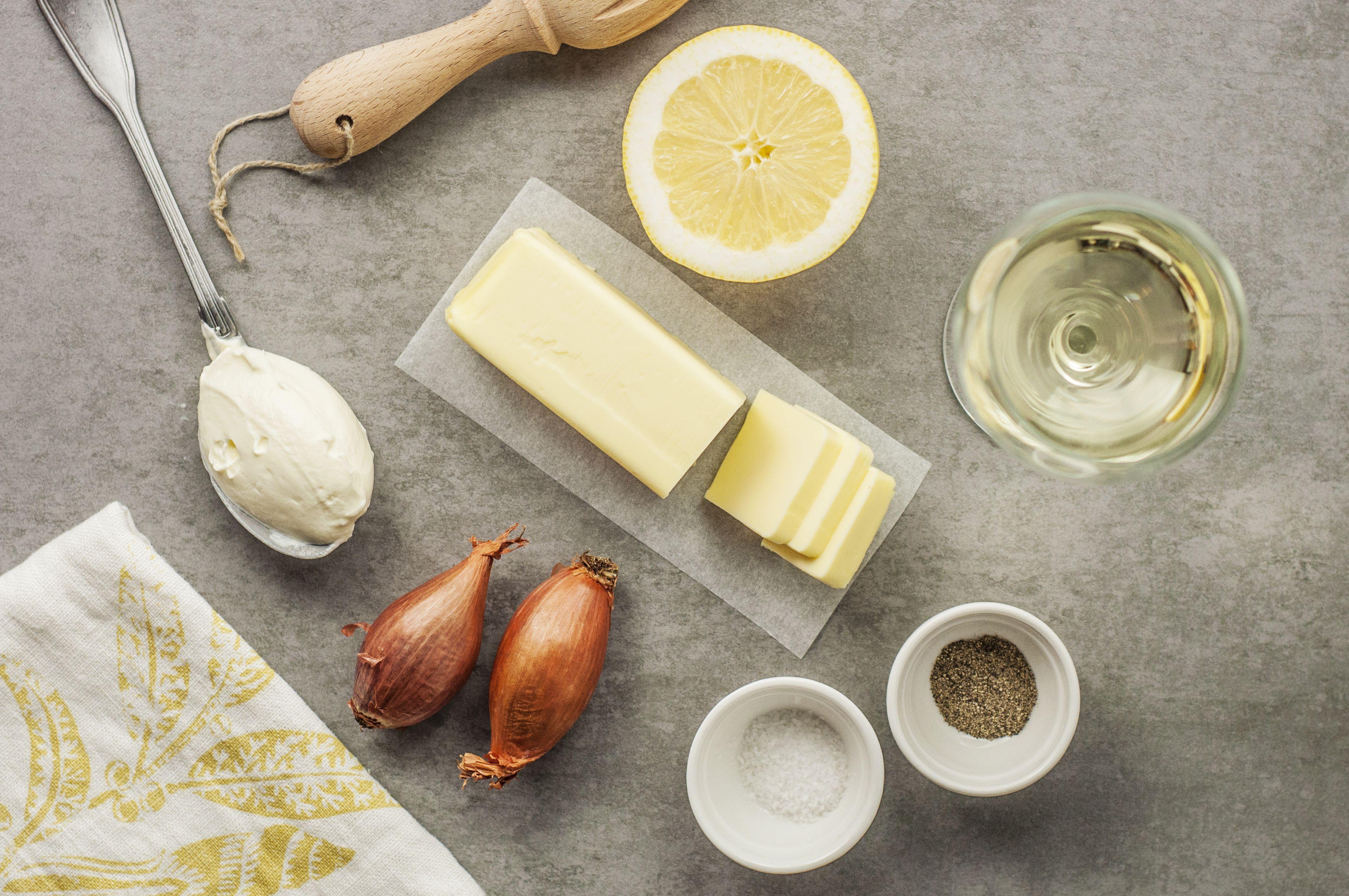 Ingredients for making lemon beurre blanc sauce