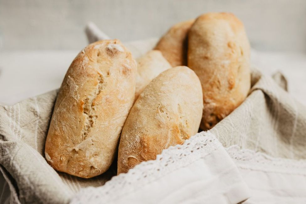 French Rolls (Petits Pains)