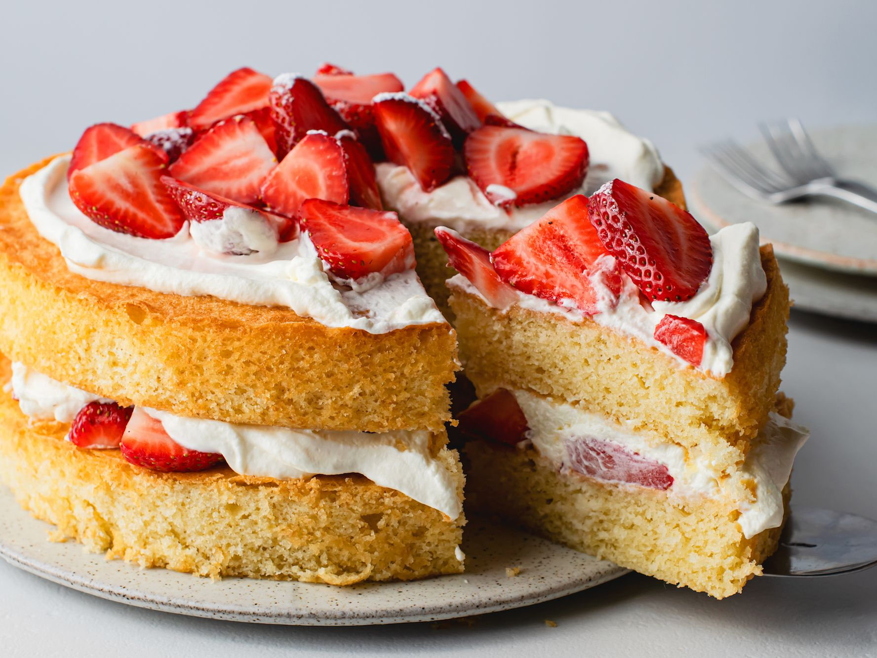 Strawberry And Cream Sponge Cake Recipe