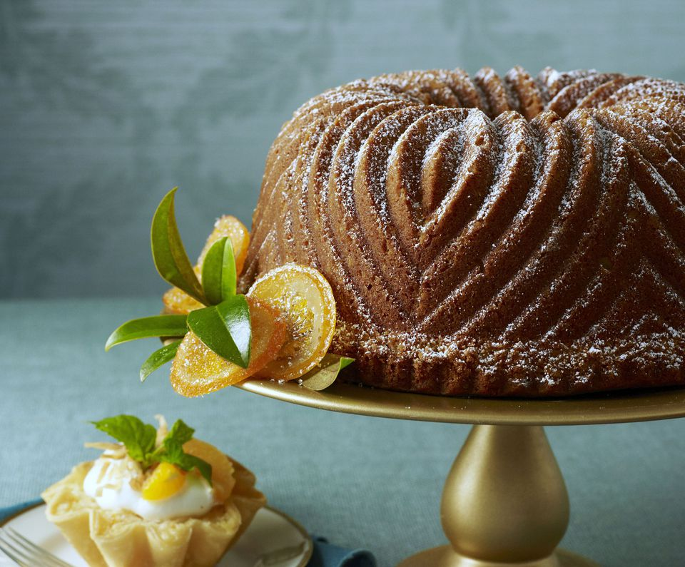 Mandarin Orange Bundt Cake