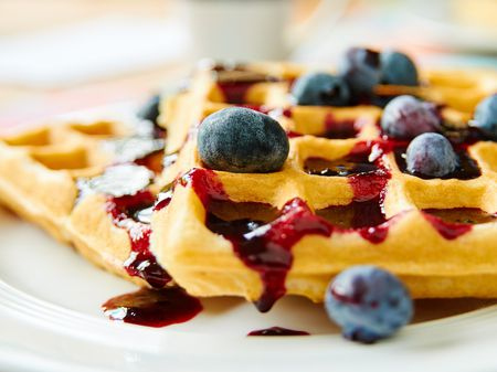 Low Calorie Waffles With Blueberries Recipe