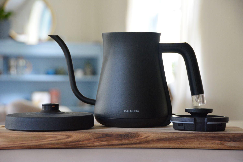 balmuda-the-kettle-full