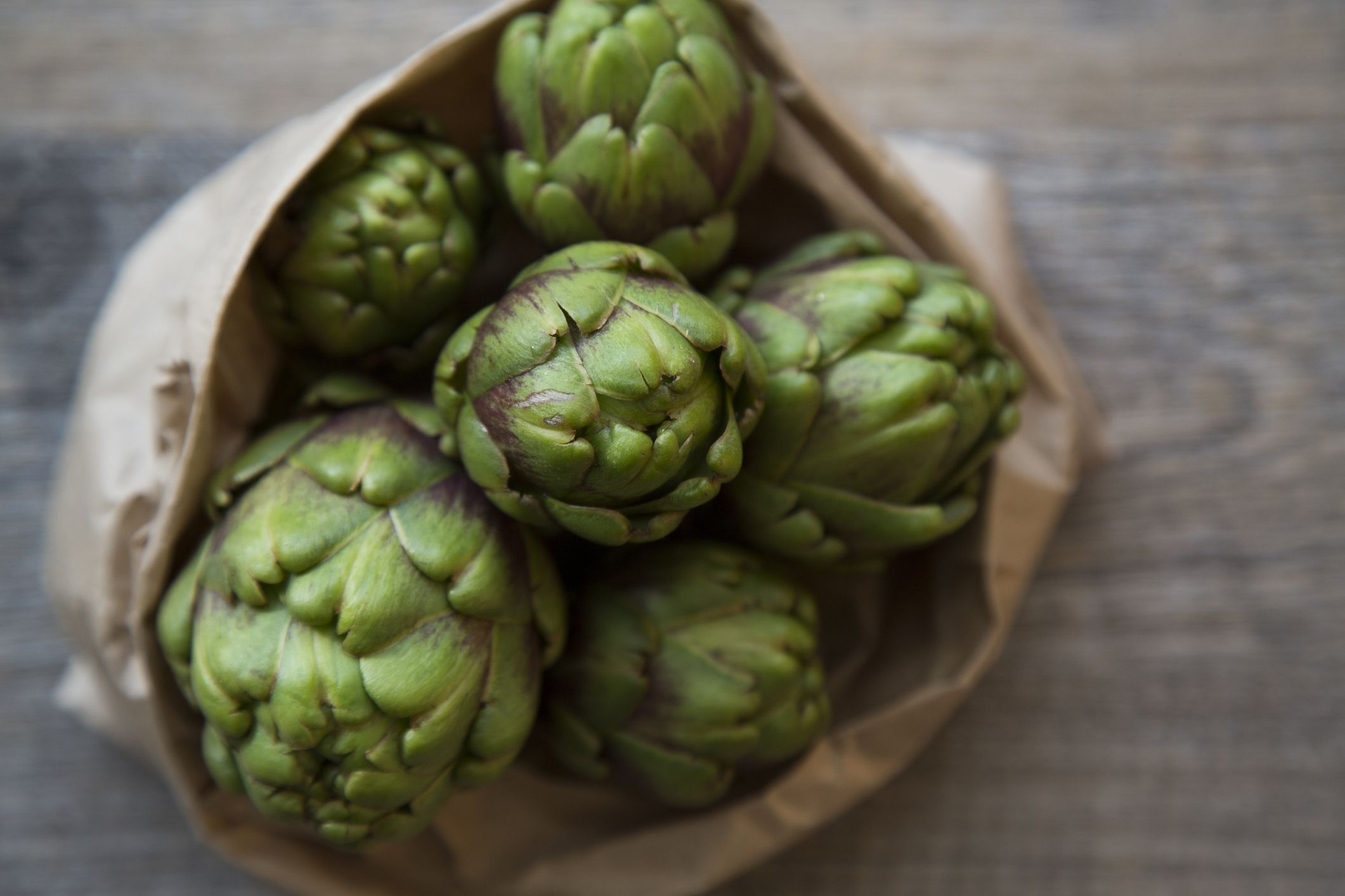 A Guide to Fruits and Vegetables In Season in Spring