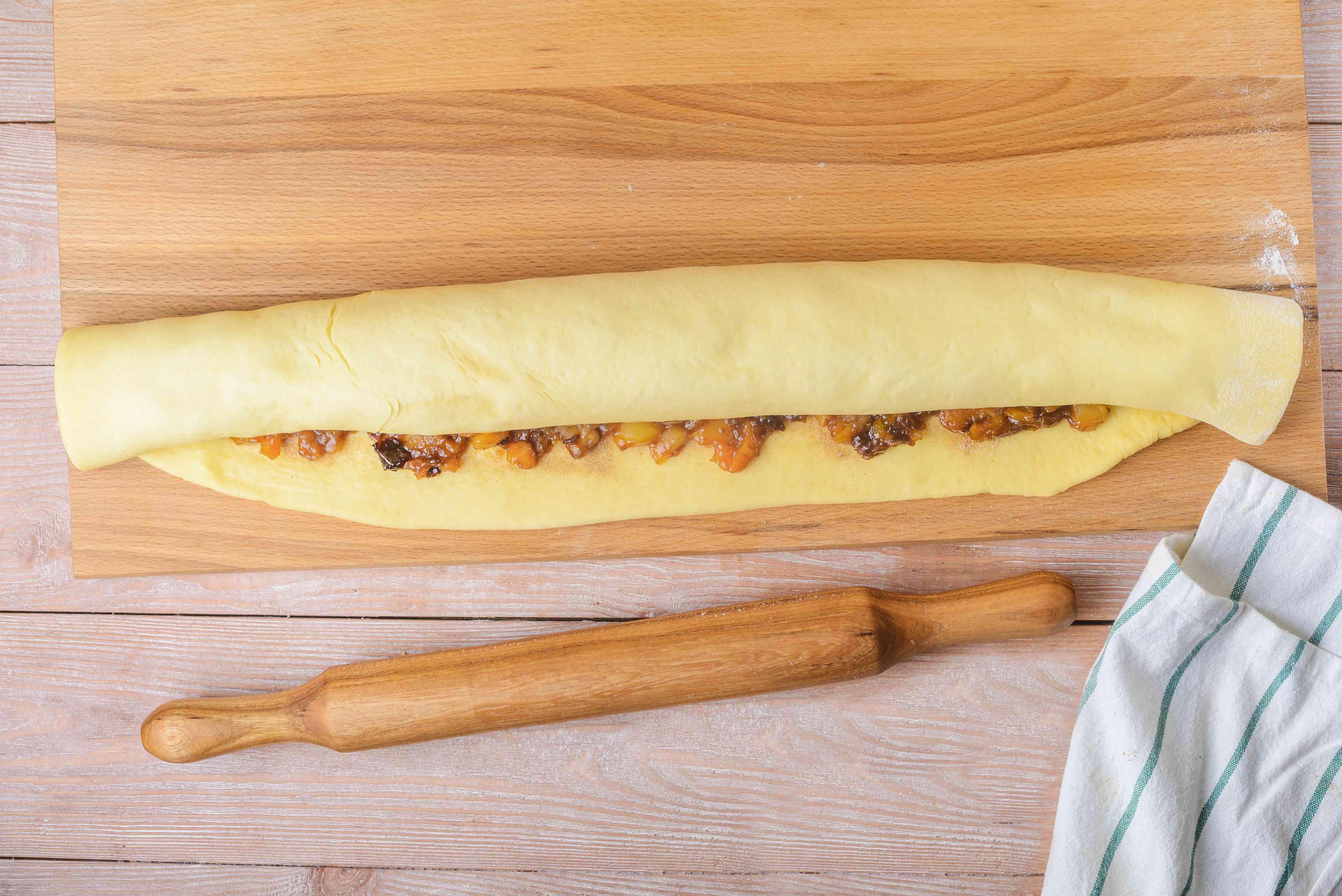 Roll up dough