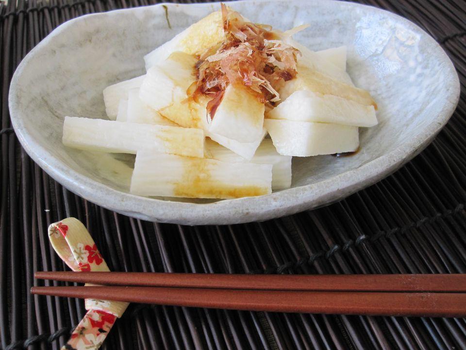Ensalada japonesa de ñame de montaña (Nagaimo)
