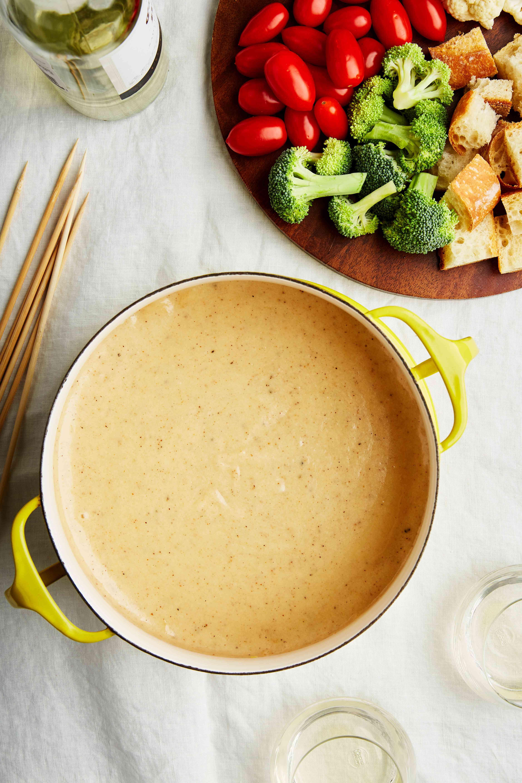 Wine and cheese fondue