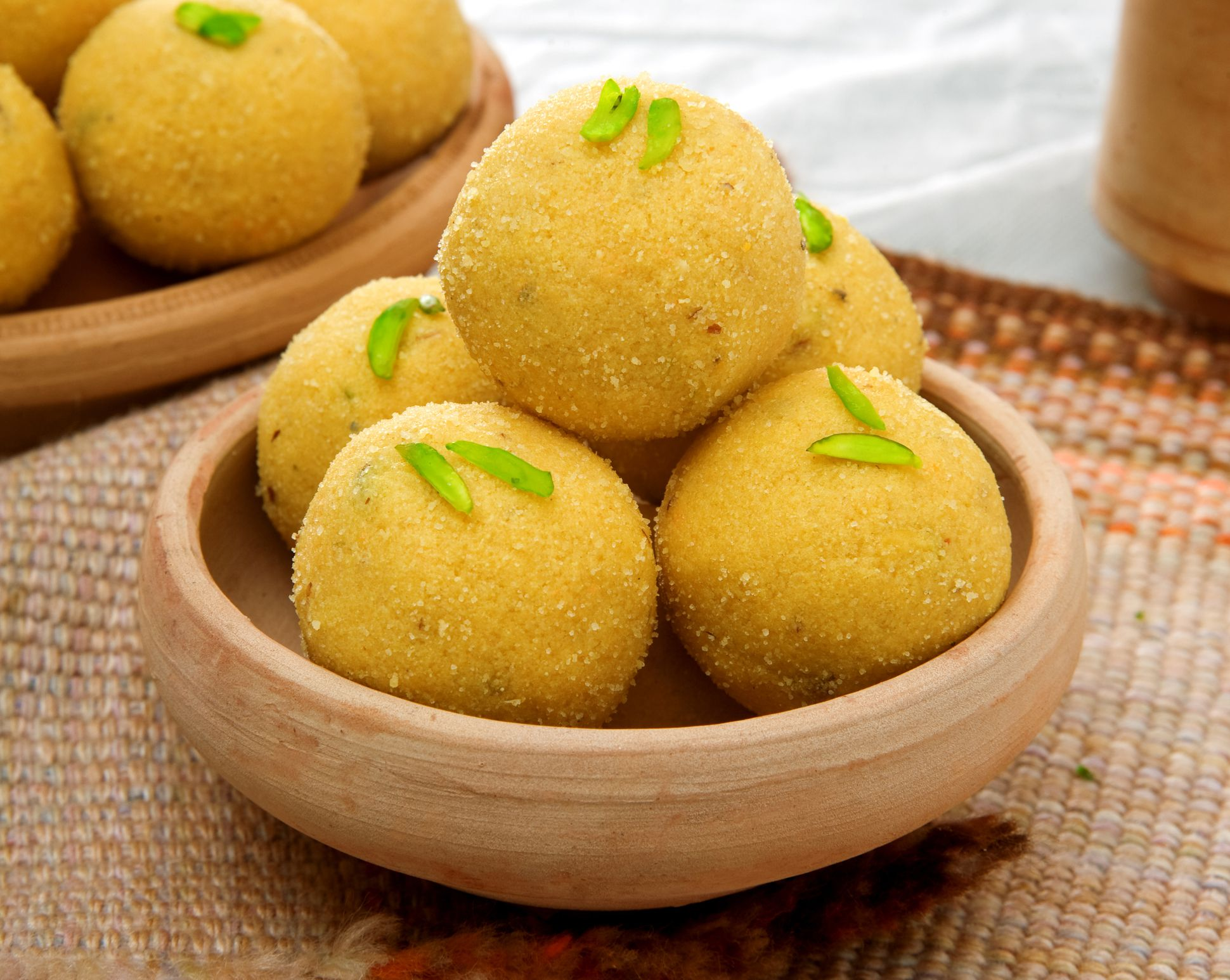 Besan Ka Laddoo (Gram Flour Sweet) Recipe