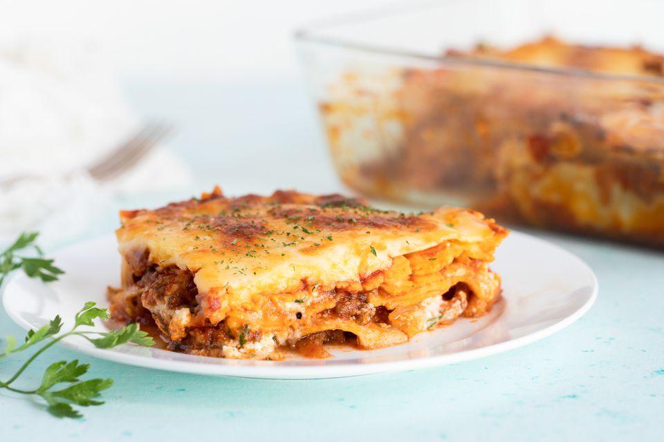 Salsa de carne y lasaña de ricotta