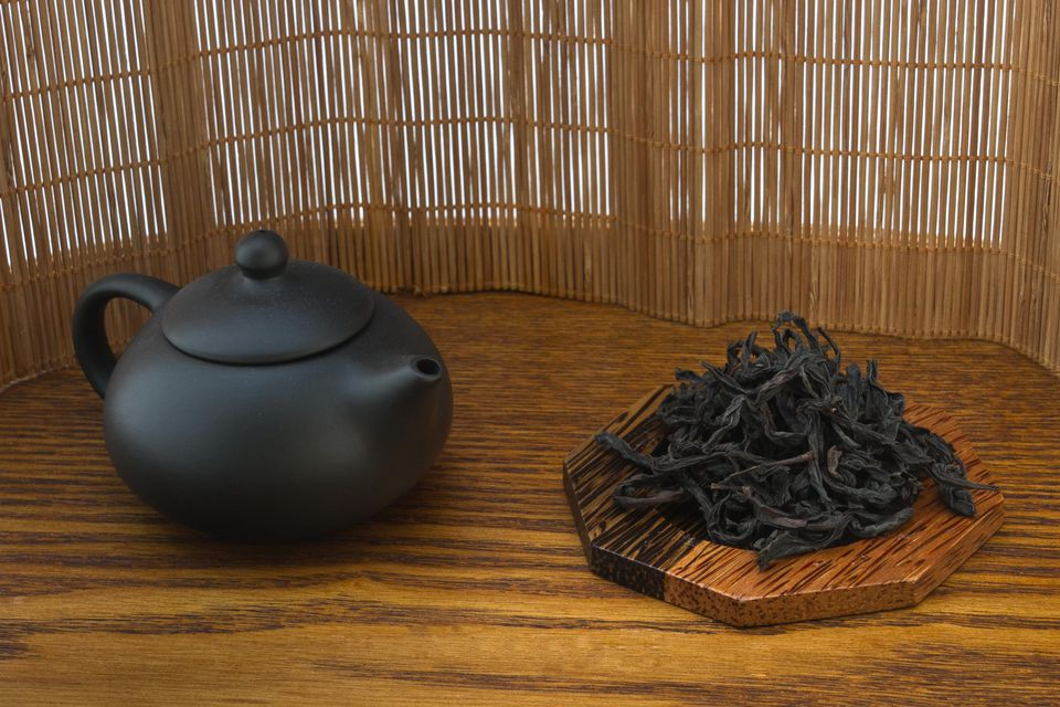 Oolong tea leaves