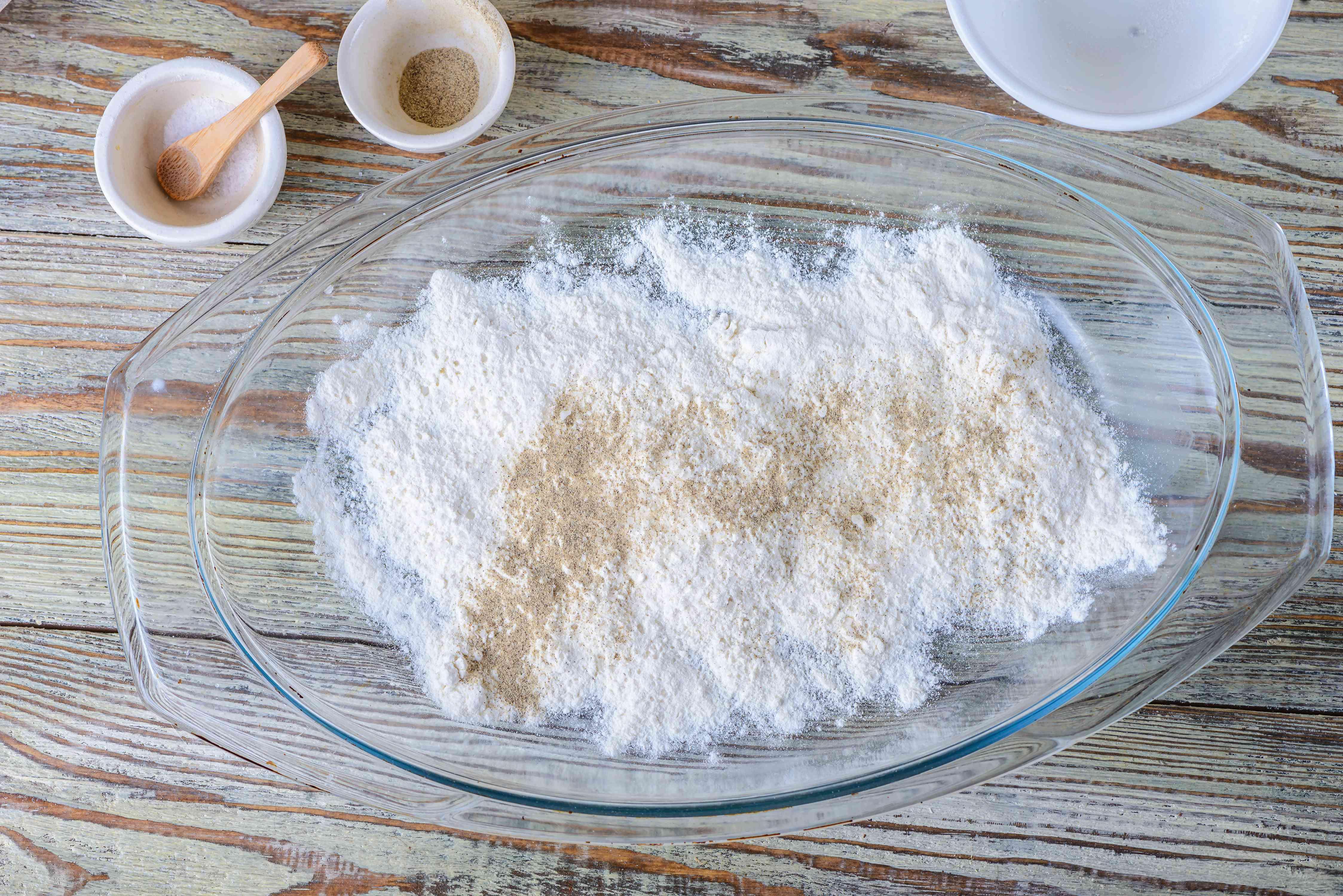 Spread flour
