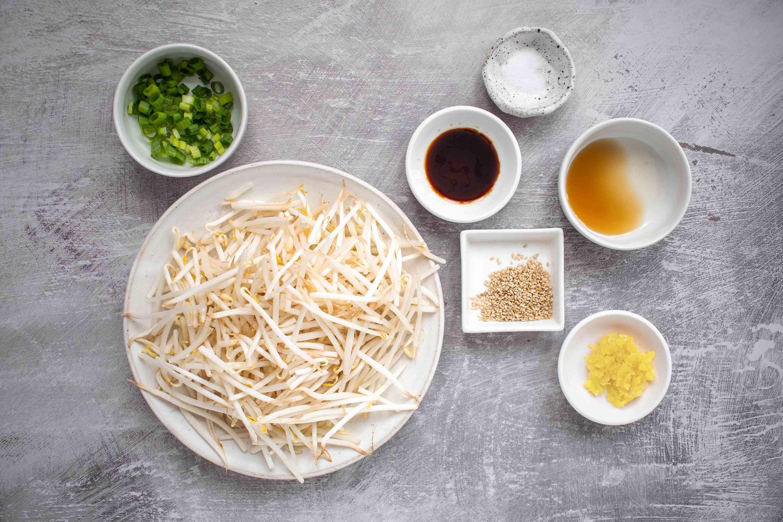 Korean Bean Sprout Salad (Sookju Namul) ingredients