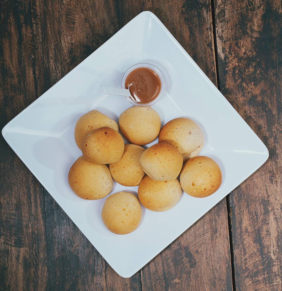Pandebono- Colombian cheese bread