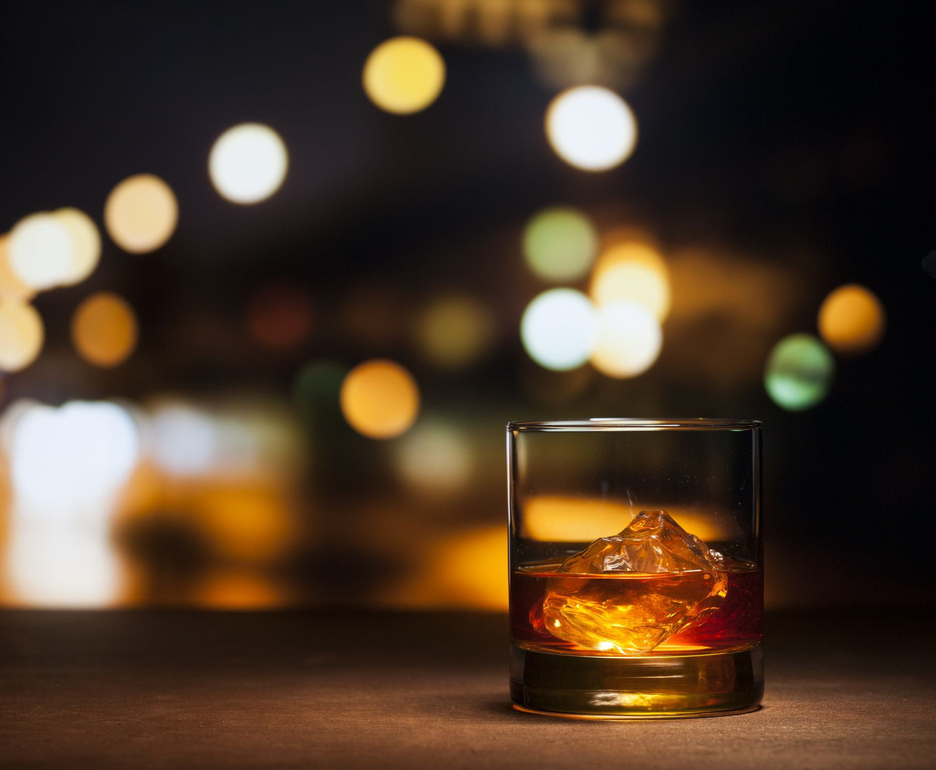 10 Fantastic American Whiskies for Enthusiasts