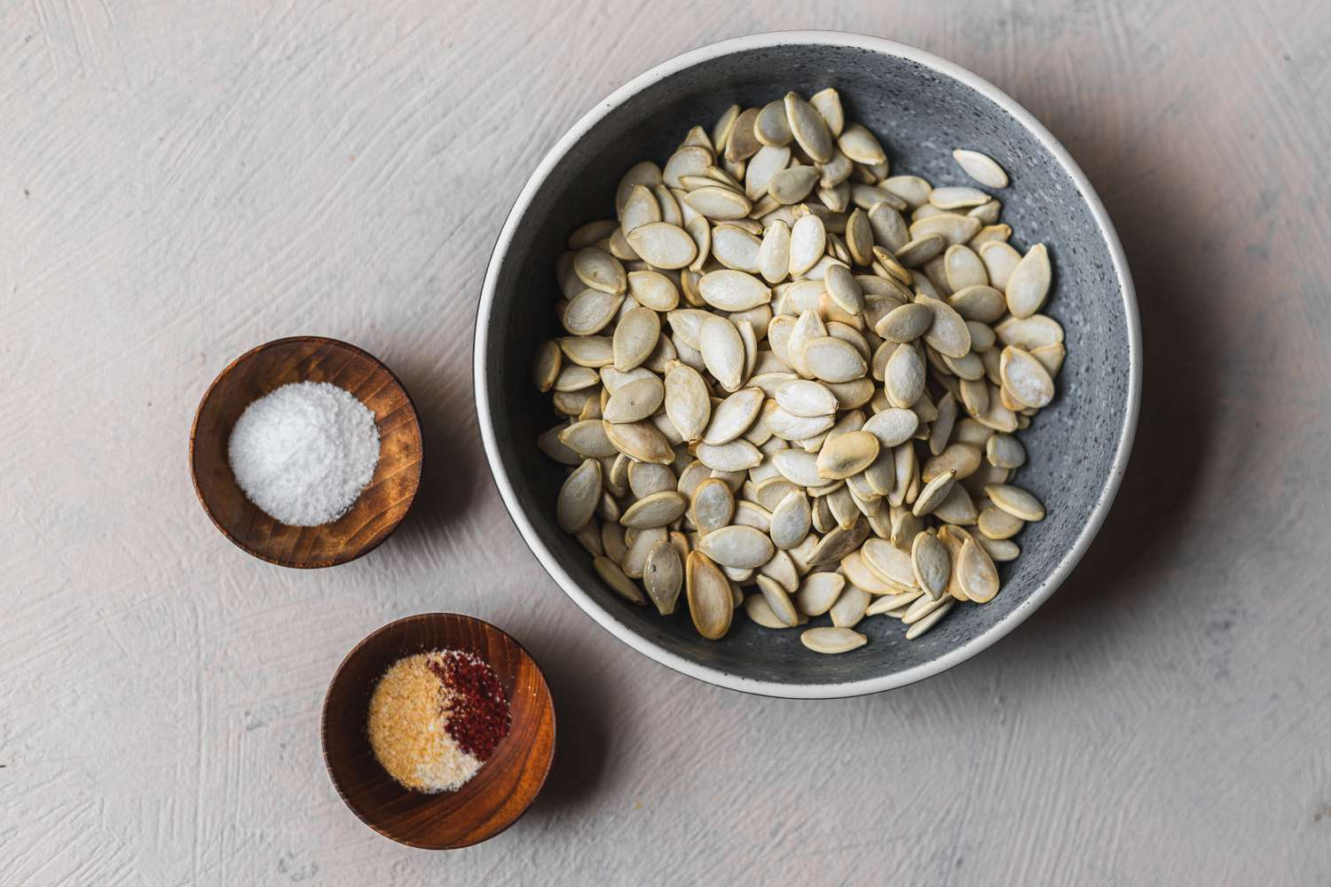 Ingredients for toasted pumpkin seeds