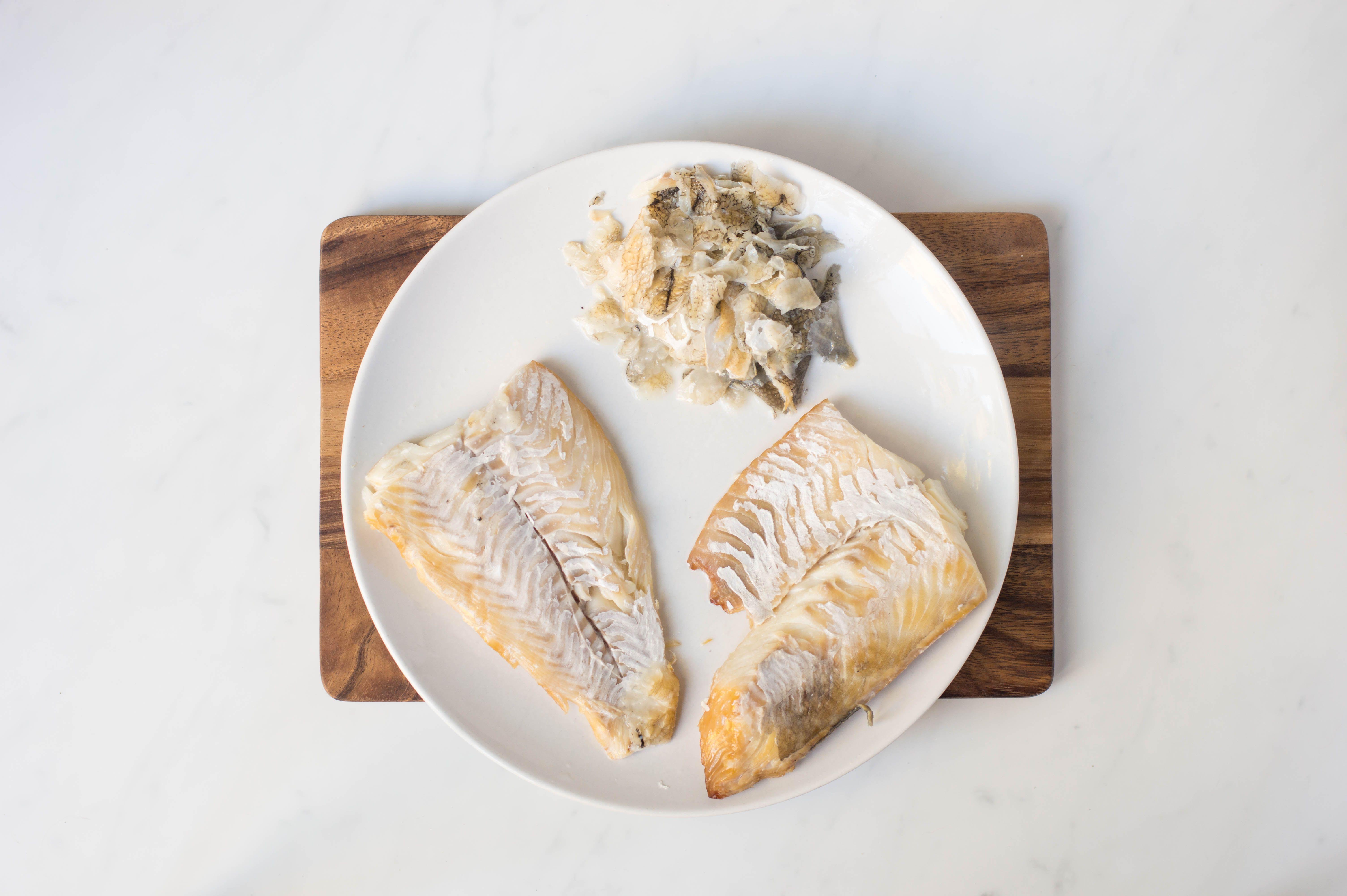 Flaking fish for kedgeree
