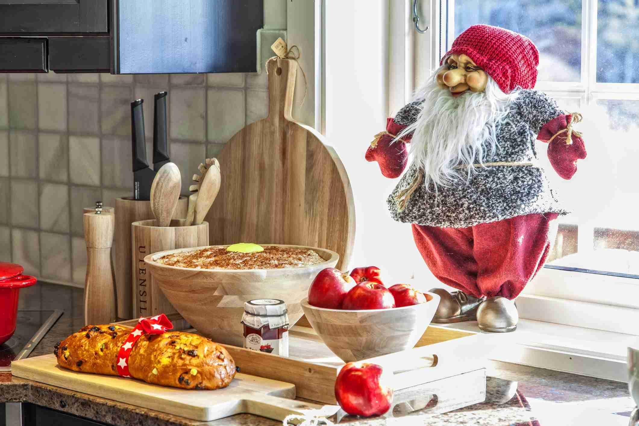 Julekake Norwegian Christmas Bread Recipe