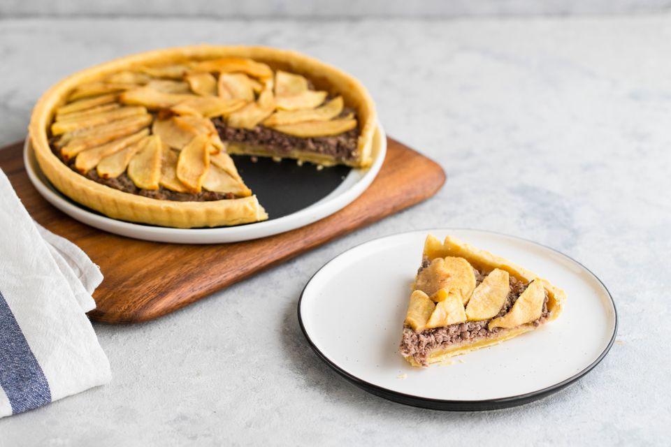 Mincemeat and apple tart recipe