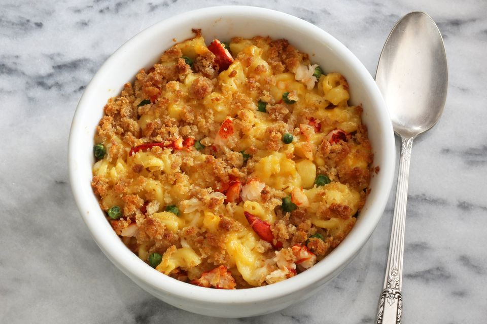 lobster macaroni and cheese casserole