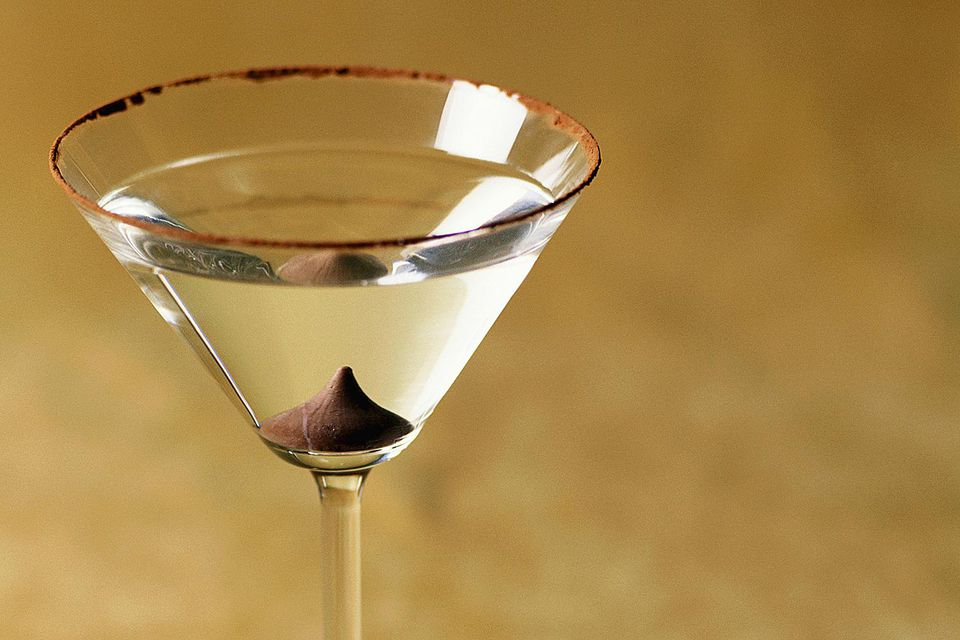 Easy Chocolate and Orange Martini Vodka Cocktail Recipe