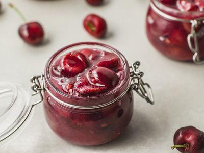 Tips for Buying the Juiciest Cherries