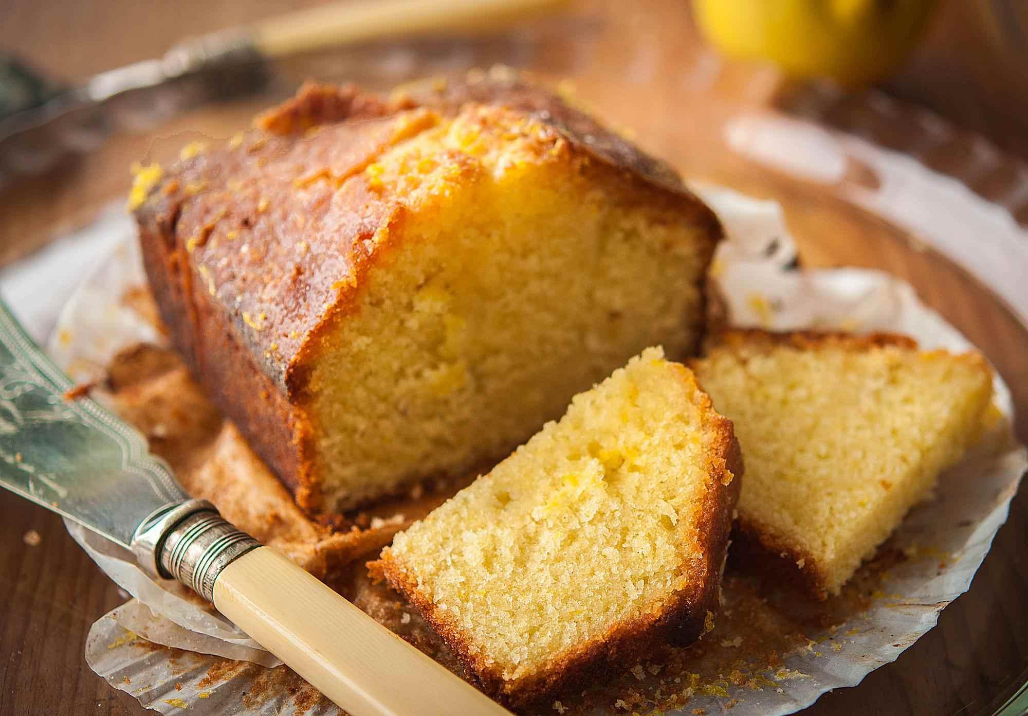 lemon-drizzle-cake