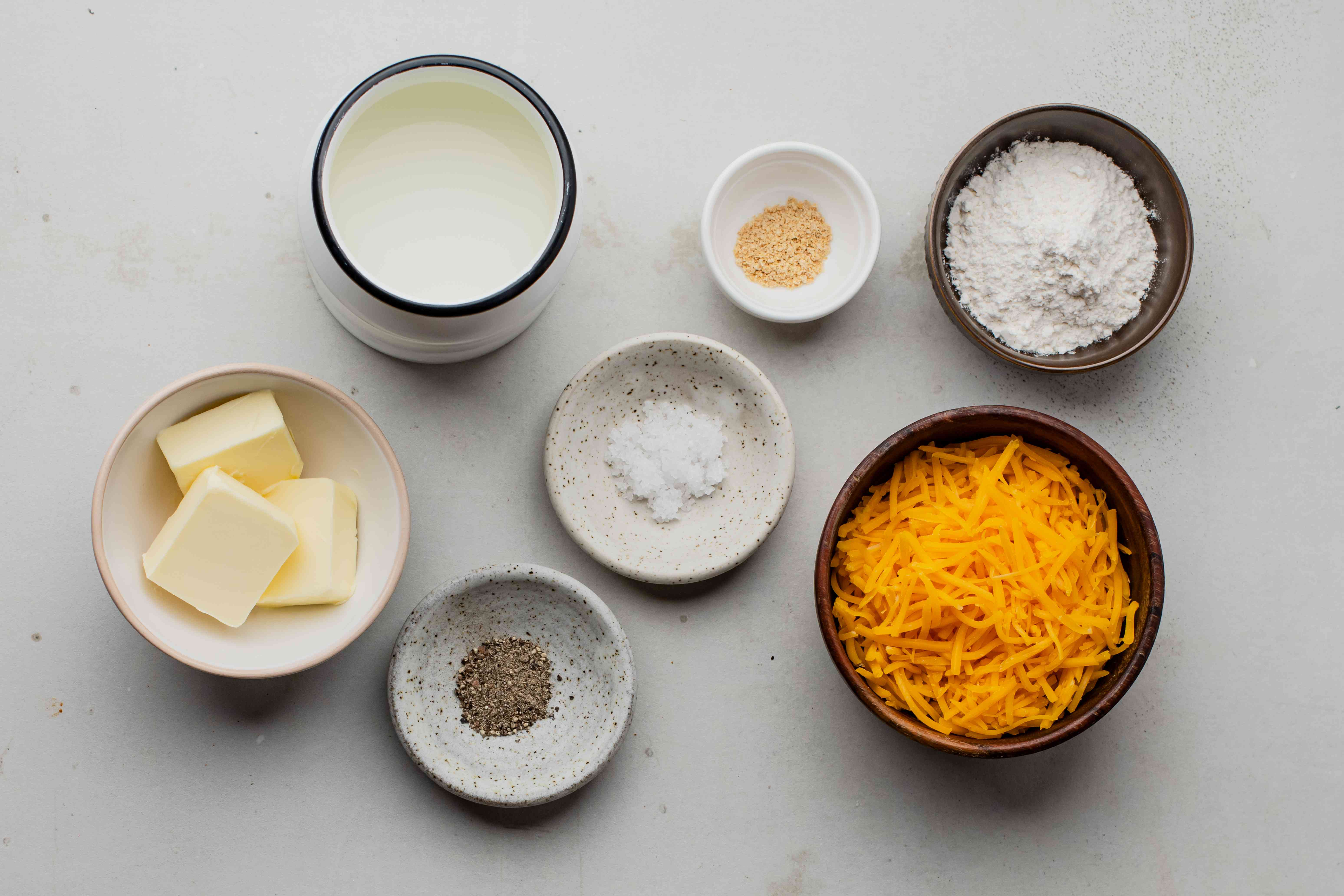 Ingredients for easy cheddar cheese sauce