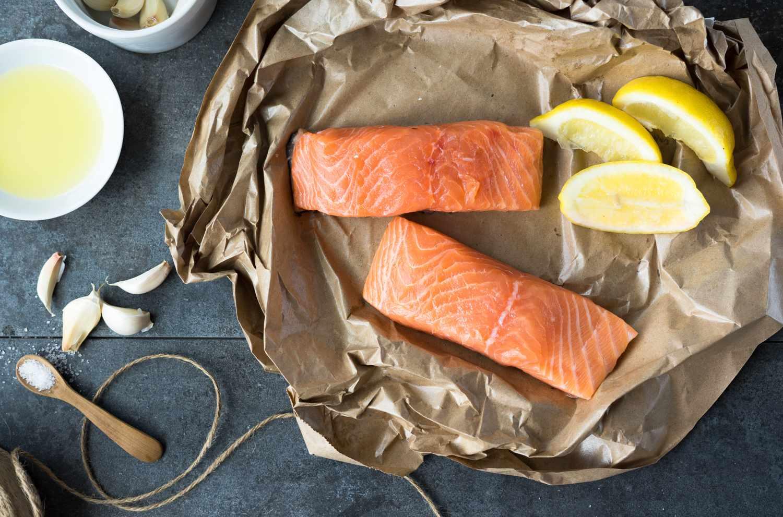 Kosher Lemon-Garlic Baked Salmon Fillet (Parve)