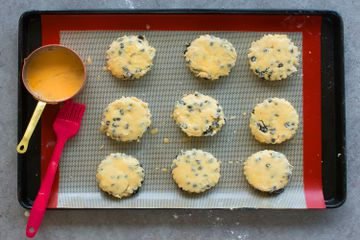 how to make scones - egg wash