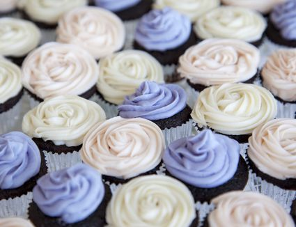 Cupcakes decorated with a star tip