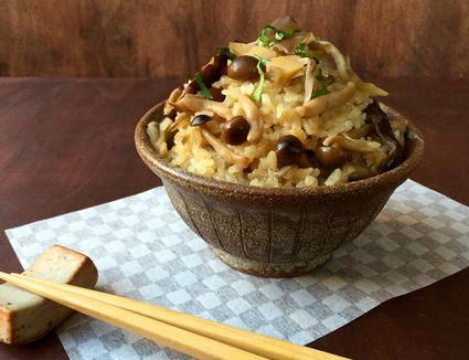 Japanese mushroom rice (kinoko takikomi gohan)