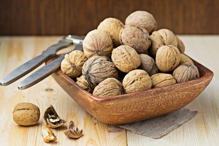 Walnut Storage and Selection