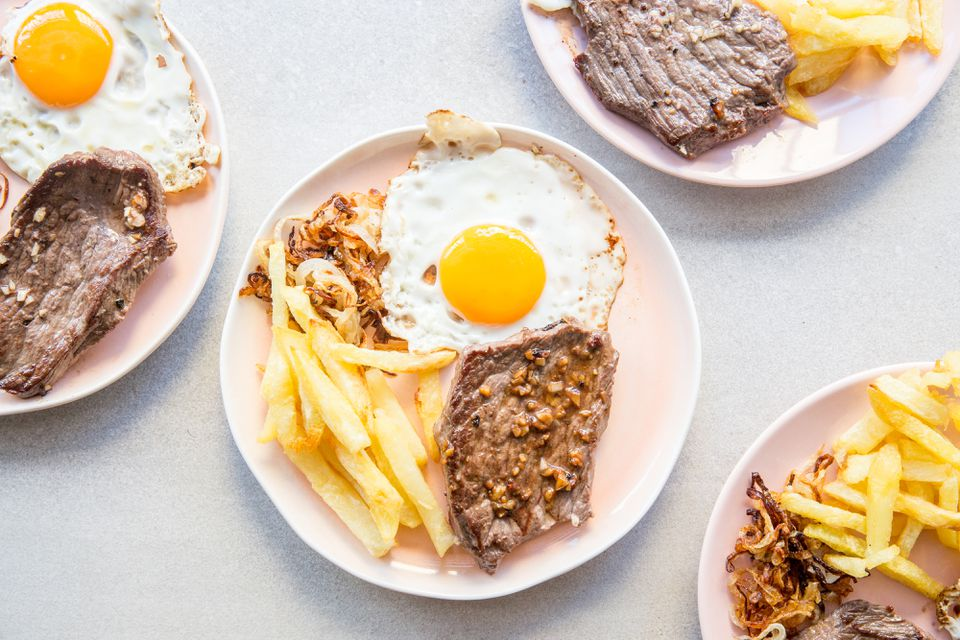 Bistec a lo Pobre - Steak and Potatoes With Fried Eggs