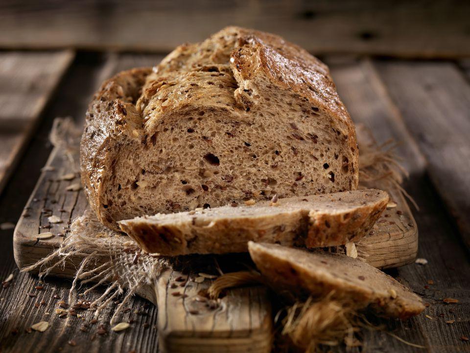 Cómo hacer pan de quinua con miel saludable